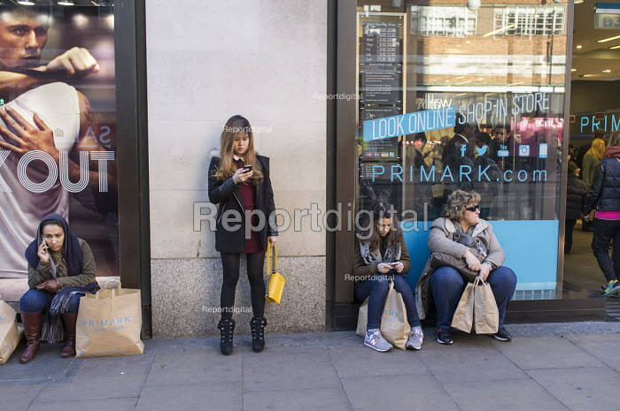 Primark, January sales, Oxford Street, London. - Philip Wolmuth - 2015-01-02