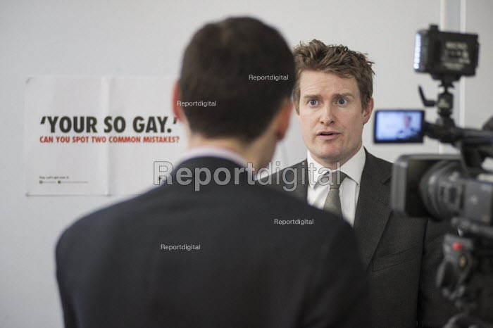 A Press Association journalist at work. Tristram Hunt MP visiting Little Ilford School in Newham, London, to discuss the schools work with Stonewall on its campaign against homophobic bullying. - Philip Wolmuth - 2015-02-03