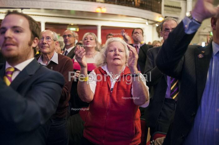 Standing ovation for Nigel Farage, UKIP Spring Conference, Margate, Kent. - Philip Wolmuth - 2015-02-27
