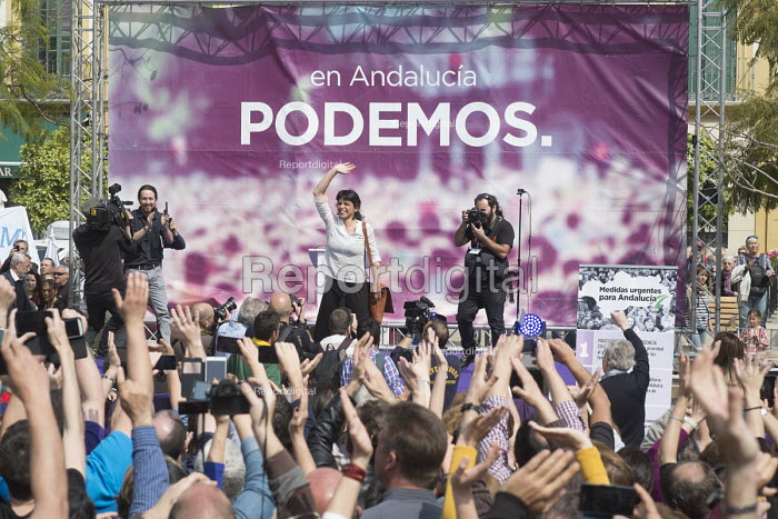 Podemos presidential candidate Teresa Rodriguez and sec gen Pablo Iglesias at a rally in Malaga a week before Andalusian parliamentary elections in which the grassroots party is hoping to make significant gains. - Philip Wolmuth - 2015-03-14