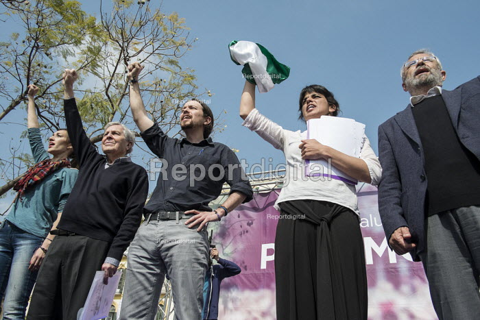 Podemos secretary general Pablo Iglesias, presidential candidate Teresa Rodriguez and local candidates Carlos Villarejo and Felix Gil at a rally in Malaga a week before Andalusian parliamentary elections in which the grassroots party is hoping to make significant gains. - Philip Wolmuth - 2015-03-14