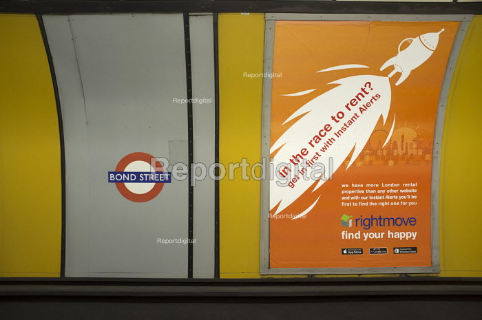 In the race to rent? Rightmove advertisement, Bond Street tube station, London - Philip Wolmuth - 2015-09-11