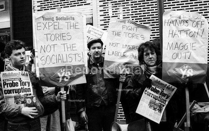Protest lobby at a Labour Party NEC Enquiry into Liverpool Labour Council 1985 - John Harris - 1985-12-06