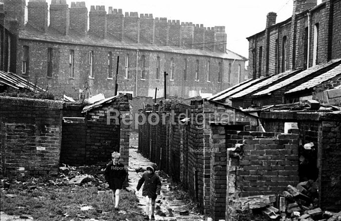 Housing conditions in Liverpool in the mid-1970s - terraced housing in the process of being torn down - John Sturrock - 1974-11-06