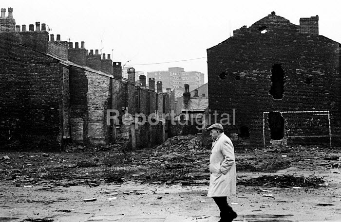 Housing conditions in Liverpool in the mid-1970s - terraced housing was pulled down and replaced by tower blocks - John Sturrock - 1974-11-06