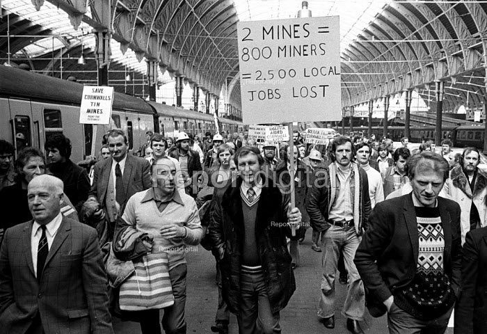 Demonstration & lobby by Cornish Tin miners against closure of their mines and loss of their jobs. - John Sturrock - 1978-05-03