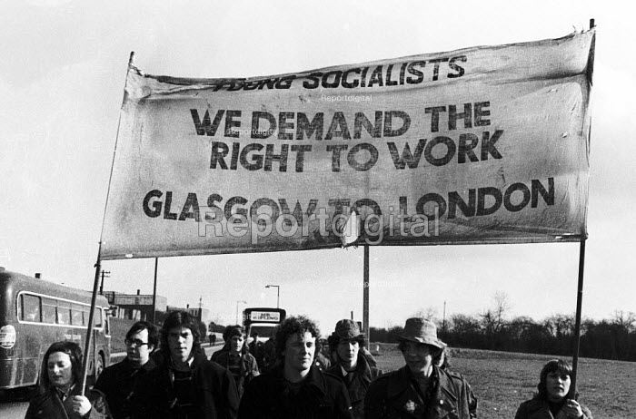 Right To Work march from Glasgow to London, Harlow to Enfield stage, London, 1972. - Mike Tull - 1972-03-09