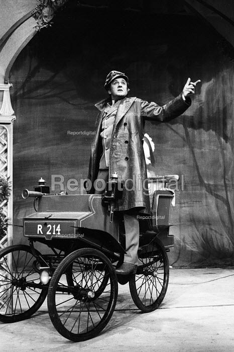 Alan Badel, Man And Superman by GB Shaw, New Arts Theatre, London, 1965 - Patrick Eagar - 1965-11-23