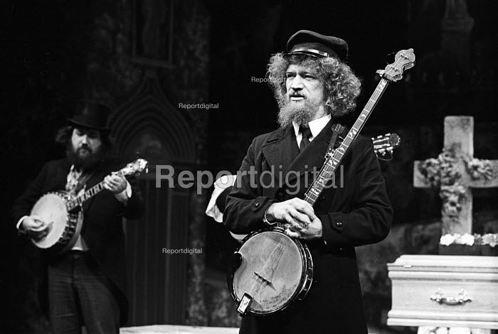 Richard's Cork Leg by Brendan Behan with Irish folk band, The Dubliners, Royal Court Theatre, London, 1972. Luke Kelly and Barney MacKenna, in background. - Patrick Eagar - 1972-09-09