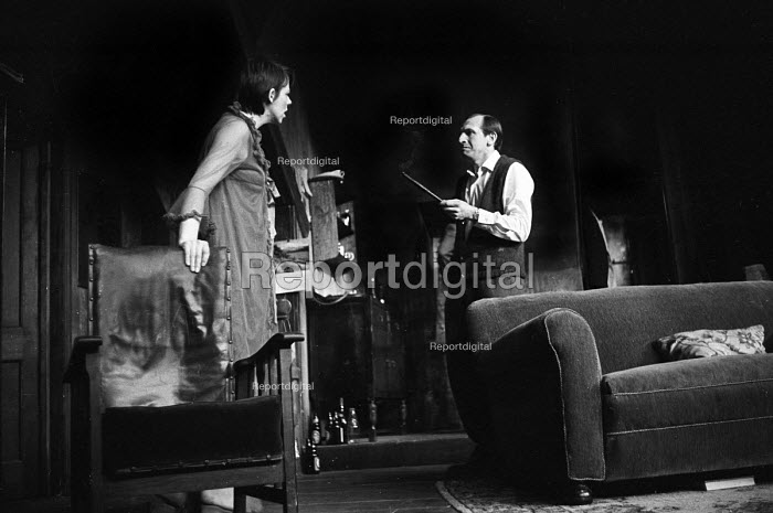 The Banana Box, Hampstead Theatre, London, 1973. The play was later turned into Rising Damp, a highly successful ITV comedy starring many of the original cast from this theatre production. Leonard Rossiter and Frances De La Tour. - Peter Harrap - 1973-05-17