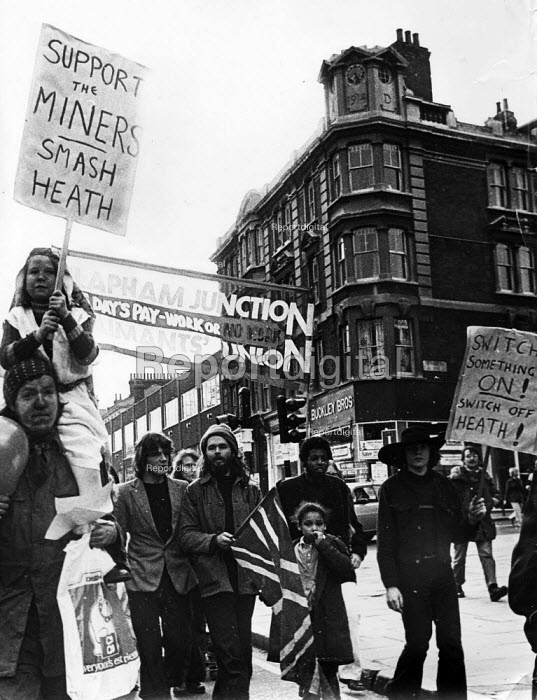 Demonstration in London in support of the 1974 miners strike. .... - Peter Harrap - 1974-01-10