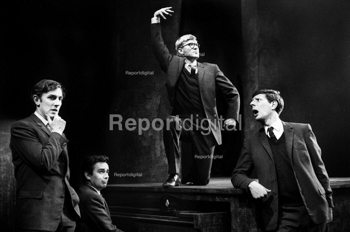 Peter Cook, Dudley Moore, Alan Bennett & Jonathan Miller singing the chorus from 'The Steppes In The Right Direction' sketch, in a performance from the Beyond The Fringe show at the Fortune Theatre in London in 1961. .... - Romano Cagnoni - 1961-06-11