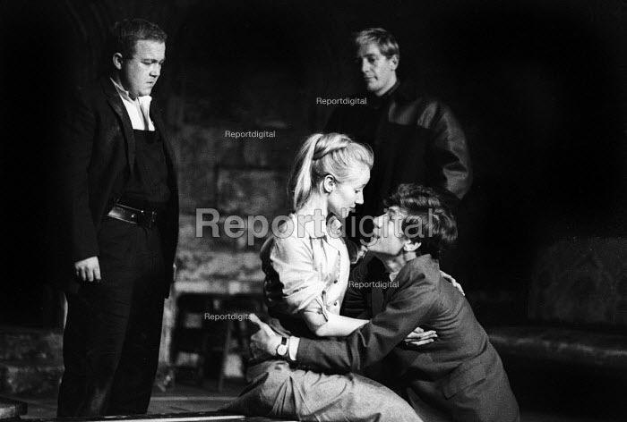 A Scent Of Flowers by Jim Saunders staged at the Duke of Yorks Theatre in London in 1964, with Ian McKellen & Jennifer Hilary in the lead roles. - Romano Cagnoni - 1964-09-30