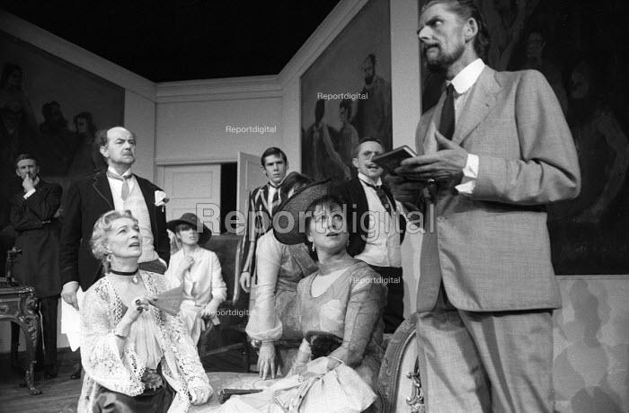 Right You Are by Luigi Pirandello staged at the Mermaid Theatre in London in 1965. - Romano Cagnoni - 1965-03-14