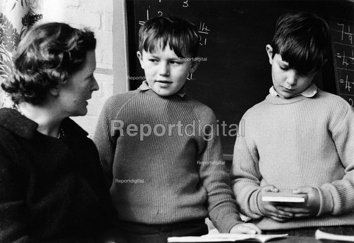 Polish refugee children at school in west London in the late 1950s - Roger Mayne - 1958-02-15
