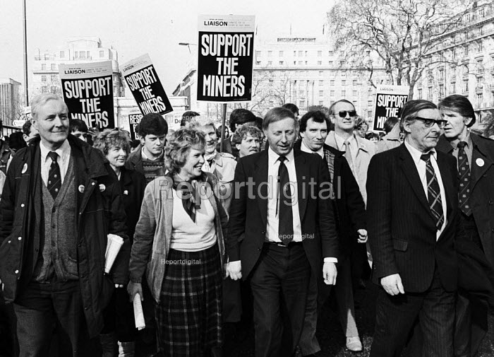 Miners support demonstration in London led by Tony Benn MP, Arthur Scargill & MIck McGahey of the NUM almost a year after the national Miners Strike had begun. Also at the front of the march are Anne Scargill & Denis Skinner MP. - Stefano Cagnoni - 1985-02-24