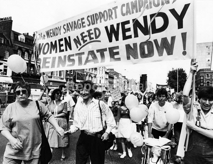 Dr. Wendy Savage (centre) at the head of a march in support of her reinstatement at the London Hospital after she was cleared of charges of negligence in maternity health care, London 1986. - Stefano Cagnoni - 1986-07-10
