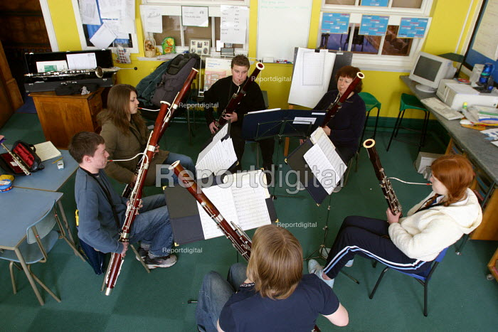 Pupils playing, Sandwell Youth Music Service. - Roy Peters, RP411404.jpg