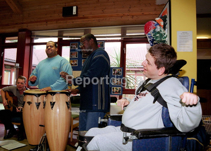 Music workshop for people with learning difficulties held... - Stefano Cagnoni, SC01MWK2.JPG