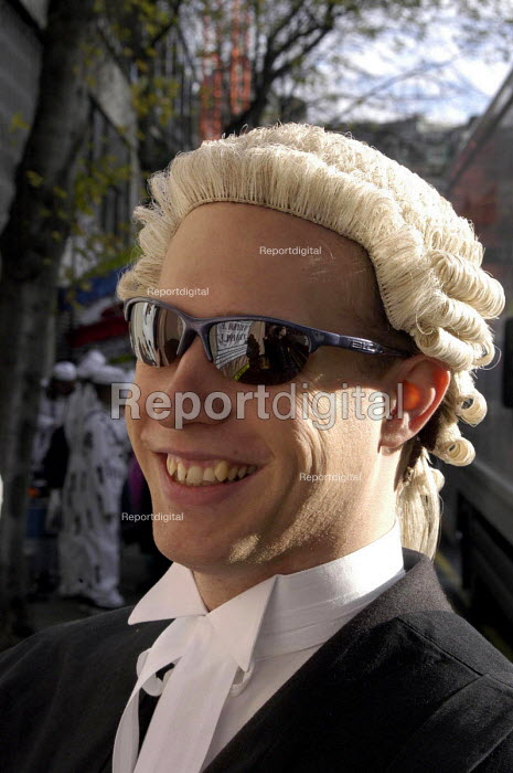Bewigged barristers and solicitors join the Lord Mayors'... - Stefano Cagnoni, SC02LGL7.jpg