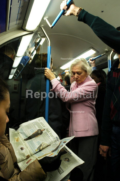 Passengers on an overcrowded London Underground train... - Stefano Cagnoni, SC03LUUV.jpg