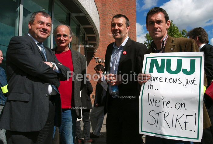 Brendan Barber, Gen Sec of the TUC joins the Nuj, Bectu & Amicus joint unions' picket line at Television Centre in West London on the first day of strike action at the BBC against cuts in jobs. - Stefano Cagnoni - 2005-05-23