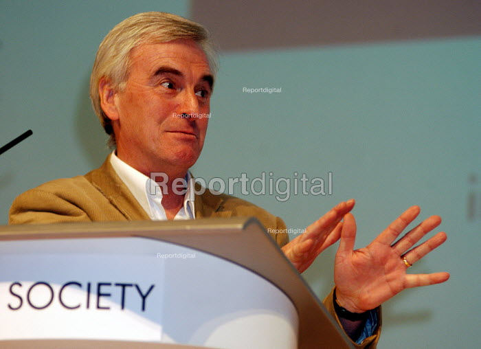 John McDonnell MP, speaking at a Fabian Society hustings meeting for Labour Party candidates for the Leadership. - Stefano Cagnoni - 2007-05-13