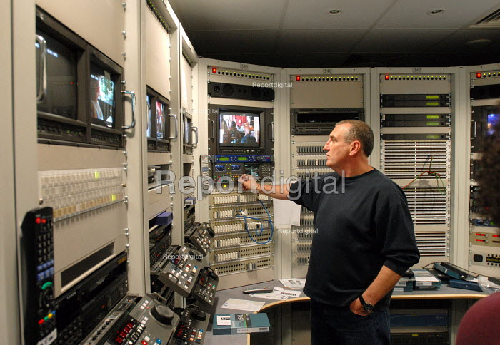 Video tape library at LWT's studios on London's South Bank - Stefano Cagnoni - 2008-06-23