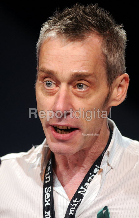 Peter Murray of the NUJ speaking at the 2009 TUC in Liverpool - Stefano Cagnoni - 2009-09-16