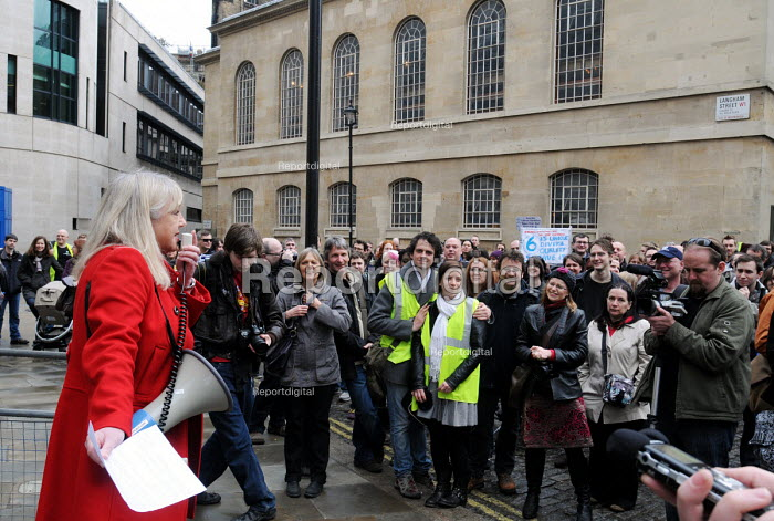 Radio presenter, Liz Kershaw speaking to the Save BBC 6Music group protest in defence of the station outside Broadcasting House - Stefano Cagnoni - 2010-03-27