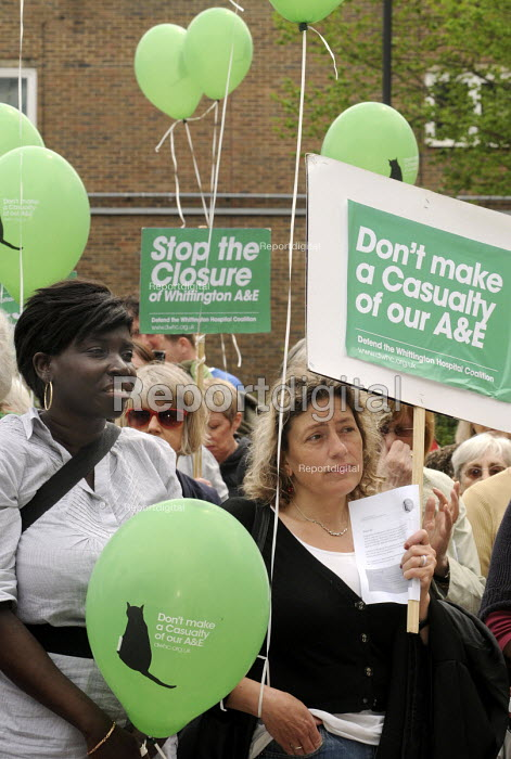 Protestors at a rally at The Whittington Hospital in north London, against the closure of the A&E & Maternity Departments. - Stefano Cagnoni - 2010-04-29
