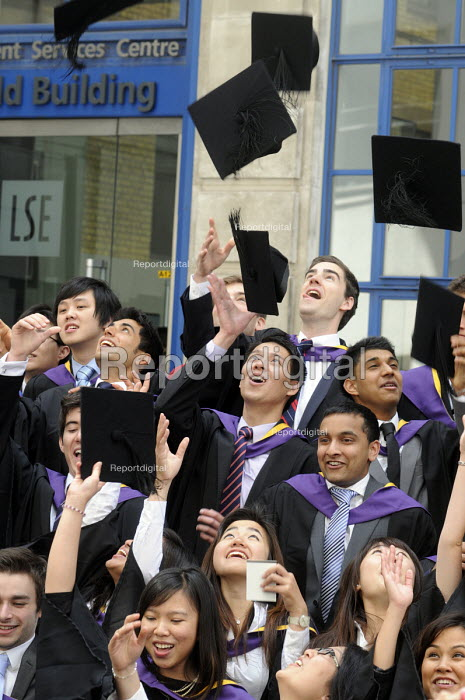 Undergraduates from the London School of Economics, including many higher fee-paying foreign students, celebrate on their graduation day. - Stefano Cagnoni - 2011-07-15