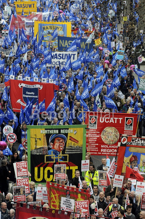March for the alternative. Jobs, Growth and Justice. TUC protest demonstration. UCATT banners. - Stefano Cagnoni - 2011-03-27