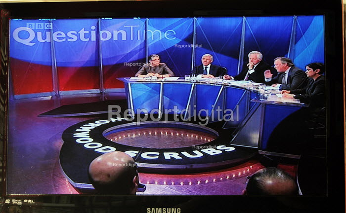 BBC Question Time programme, broadcast for the very first time from inside Wormwood Scrubs Prison. - Stefano Cagnoni - 2011-05-19