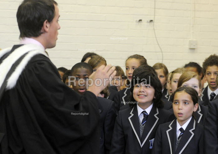 The first ever Year 7 intake at the West London Free School, Hammersmith, sing a song as part of the official opening ceremony for their new school - Stefano Cagnoni - 2011-09-09