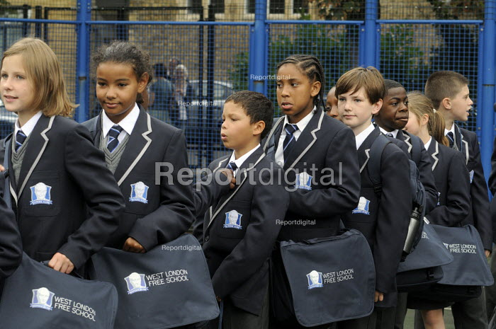 Line up in the playground for the first ever Year 7 intake at the West London Free School, Hammersmith, London. - Stefano Cagnoni - 2011-09-09