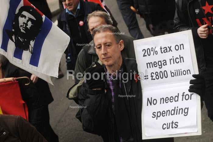 Peter Tatchell on the 2012 May Day demonstration in London. Peter Tatchell on the protest march. - Stefano Cagnoni - 2012-05-01