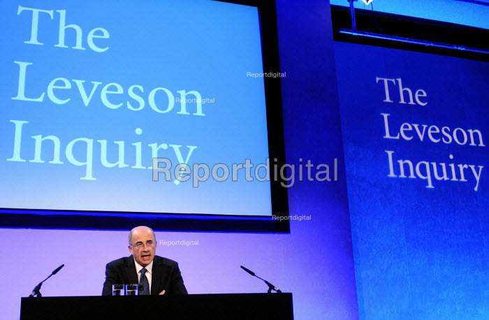 Lord Justice Leveson speaking at his press conference at the QEII Centre to officially launch the results of his Inquiry into media ethics and practise: The Leveson Report. - Stefano Cagnoni - 2012-11-29