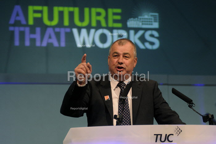 Brendan Barber gives his final address as Gen Sec to the 2012 TUC Congress. - Stefano Cagnoni - 2012-09-09