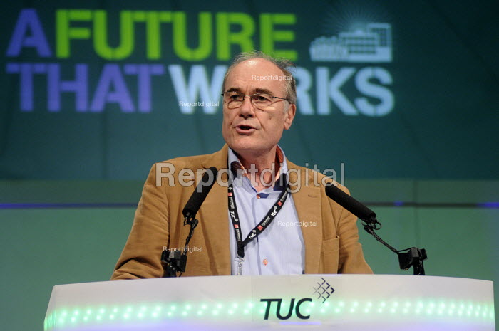 Chris Frost of the NUJ speaking at the 2012 TUC Congress. - Stefano Cagnoni - 2012-09-10