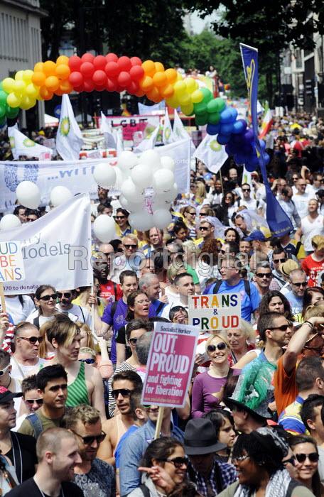 Gay Pride parade, London, 2013. - Stefano Cagnoni - 2013-06-29