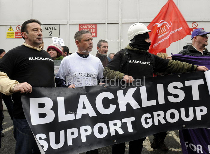 Protest against Blacklisting held outside Laing O'Rourke construction site at St Pancras as part of the TUC Day of Action against illegal employer discrimination of blacklisted workers. - Stefano Cagnoni - 2013-11-20
