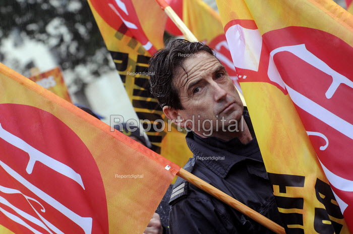 National demonstration by the FBU against cuts in the fire service & proposed changes to firefighters' pension rights. - Stefano Cagnoni - 2013-10-16