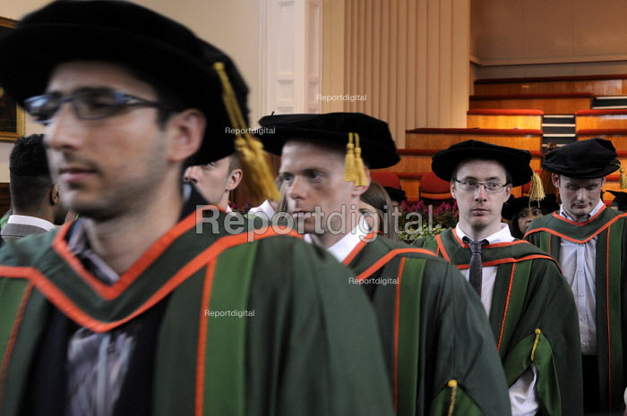 Conclusion of the Graduation ceremony for Mathematics students at the University of Leeds. - Stefano Cagnoni - 2014-07-16