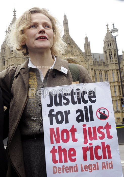 Save Legal Aid rally opposite Parliament. Grayling Day. Westminster. London. Actor, Maxine Peake, who plays QC Martha Costello in BBC TV's drama, 'Silk' in support of the rally against cuts to legal aid. - Stefano Cagnoni - 2014-03-07