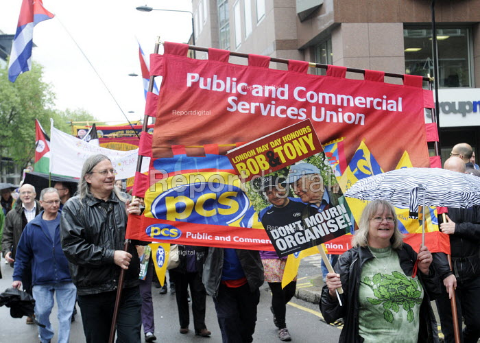 PCS members honour lives of Socialists, Bob Crow and Tony Benn, May Day march, 2014, London. - Stefano Cagnoni - 2014-05-01