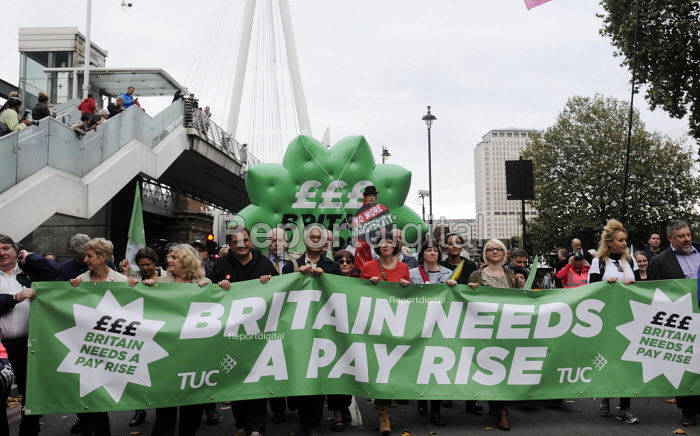 TUC Britain Needs A Pay Rise national demonstration, 2014, London. - Stefano Cagnoni - 2014-10-18