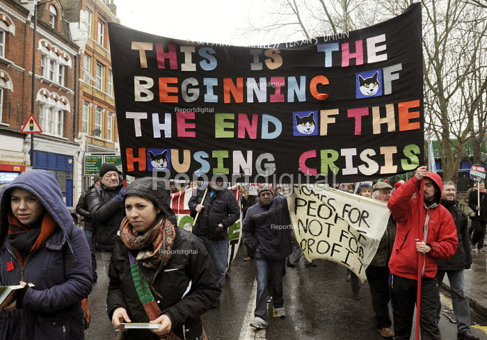 March For Homes. Demonstration for affordable housing, rent controls and building of new social housing in the UK. - Stefano Cagnoni - 2015-01-31
