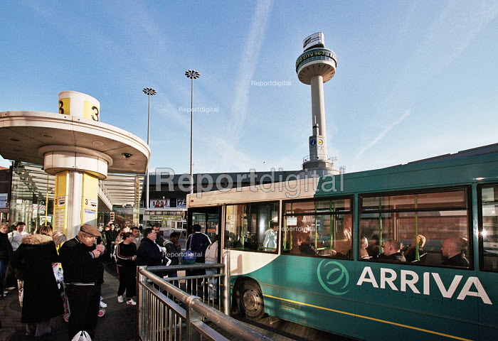 Passengers getting on an Arriva bus at Roe Street Bus Station beside St John's Shopping Centre in Liverpool - John Sturrock - 2006-03-13