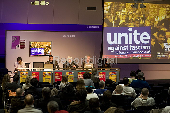 Unite against fascism conference, at the TUC in London - John Sturrock - 2004-07-30